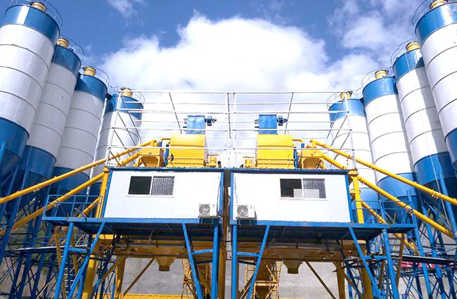 双120混凝土永利国际在云南红河绿春县正式投入使用