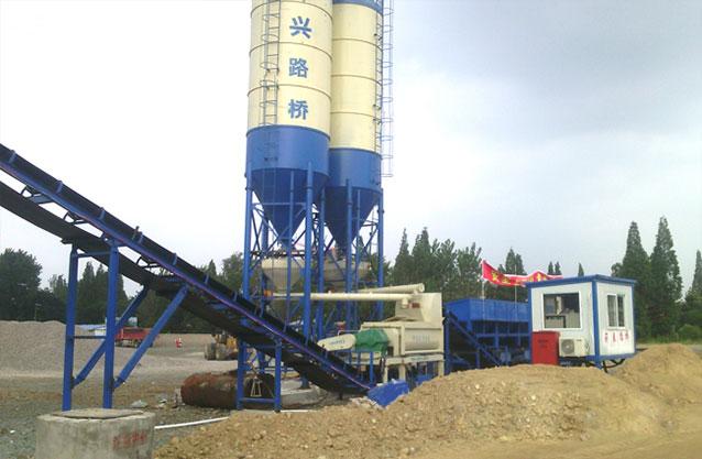 湖北武汉500稳定土拌和站现场5案例.jpg