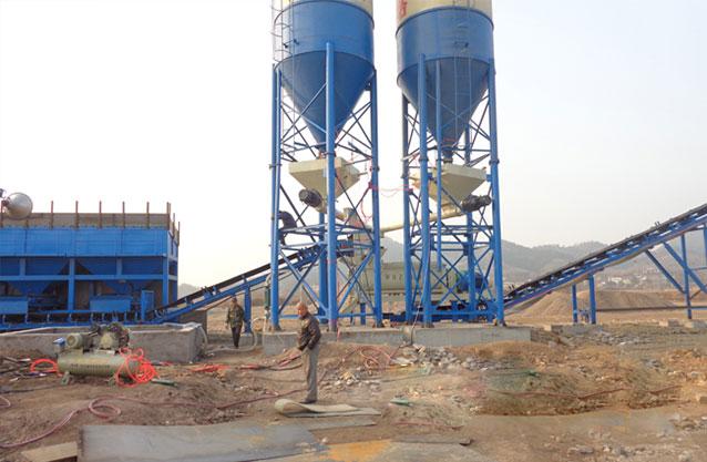 湖北蕲春时产500吨稳定土拌和站现场案例2.jpg