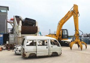 Scrap car shell hammer shredding production line