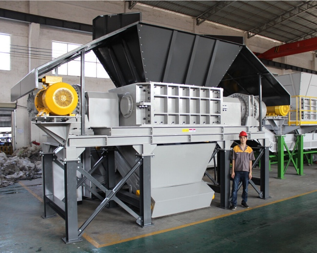 Two-Shaft-Shredder-Rotor-Shear-X1600-_Fotor.jpg